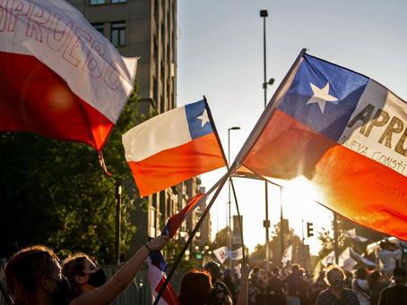 """Chile: Como el """" Vamos a decir que no"""" se transformó en el """"Si Apruebo"""""""