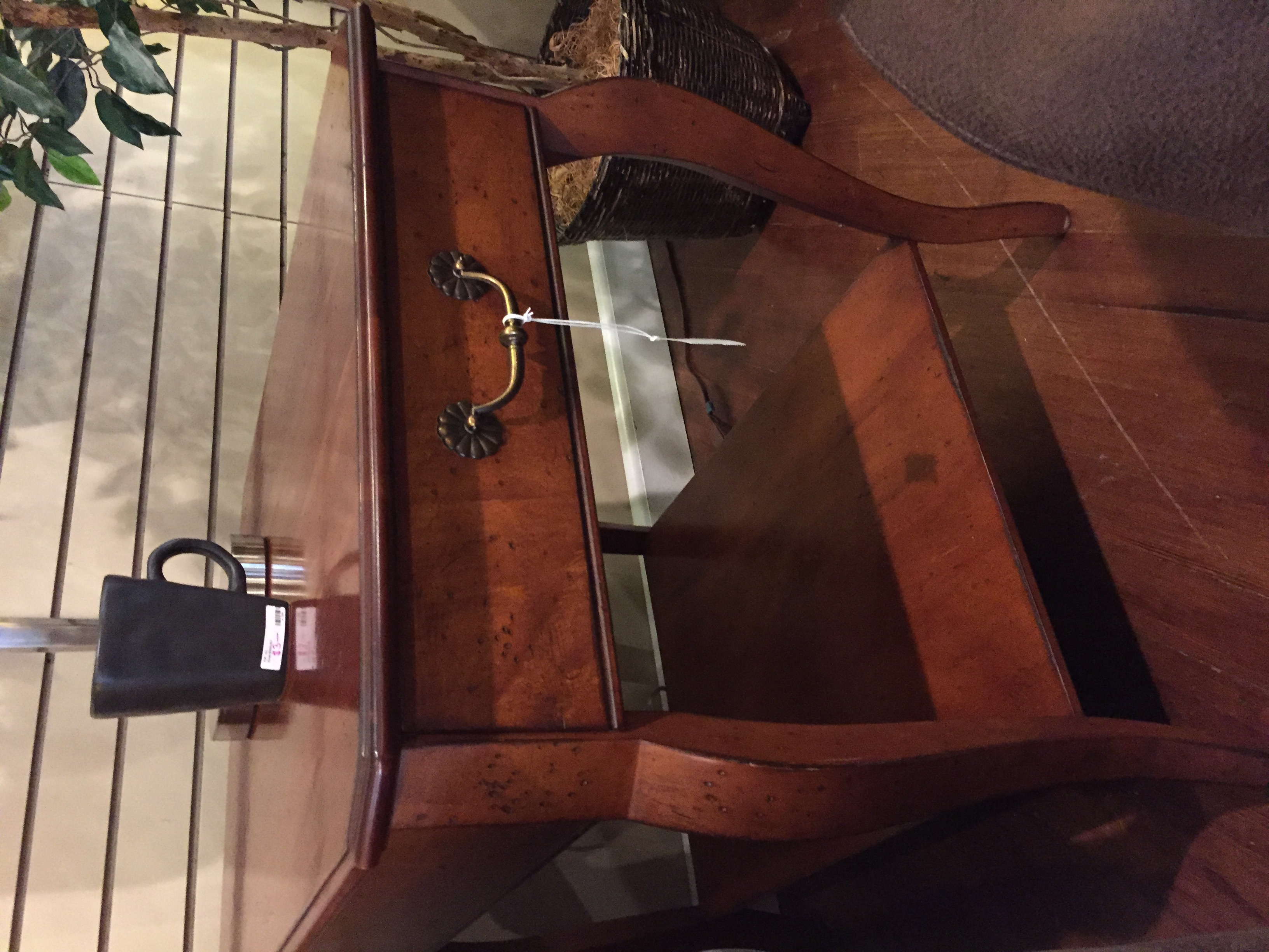 CHERRY END TABLE W/DRAWER