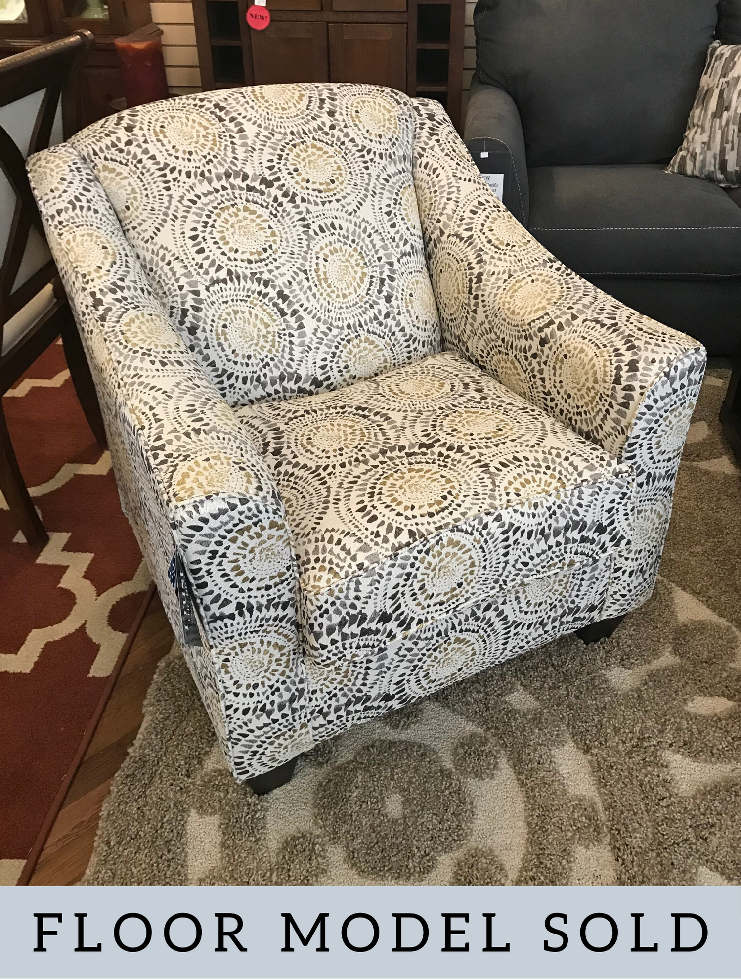 SIMMONS MOSAIC ANTIQUE ACCENT CHAIR