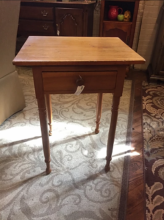 TURNED LEG ONE DRAWER STAND