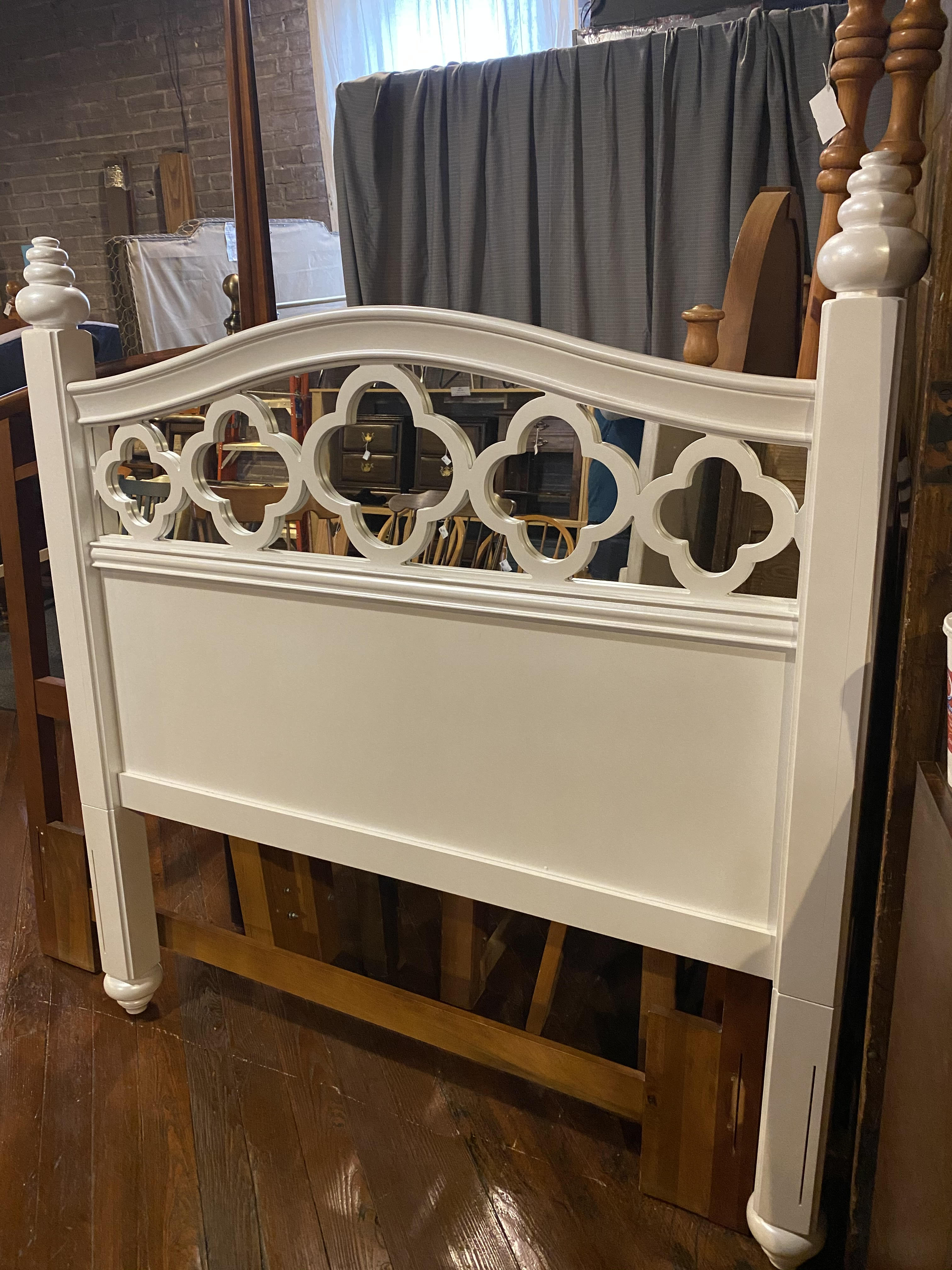 CREAM FULL MIRRORED HEADBOARD