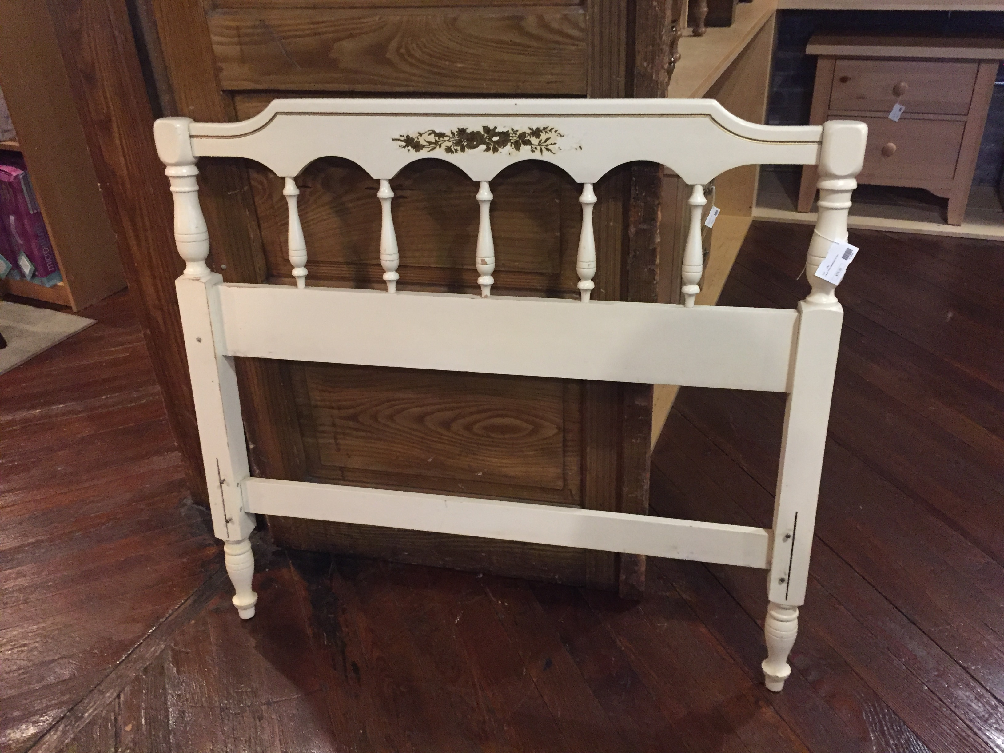 CREAM TWIN HEADBOARD WITH FRAME