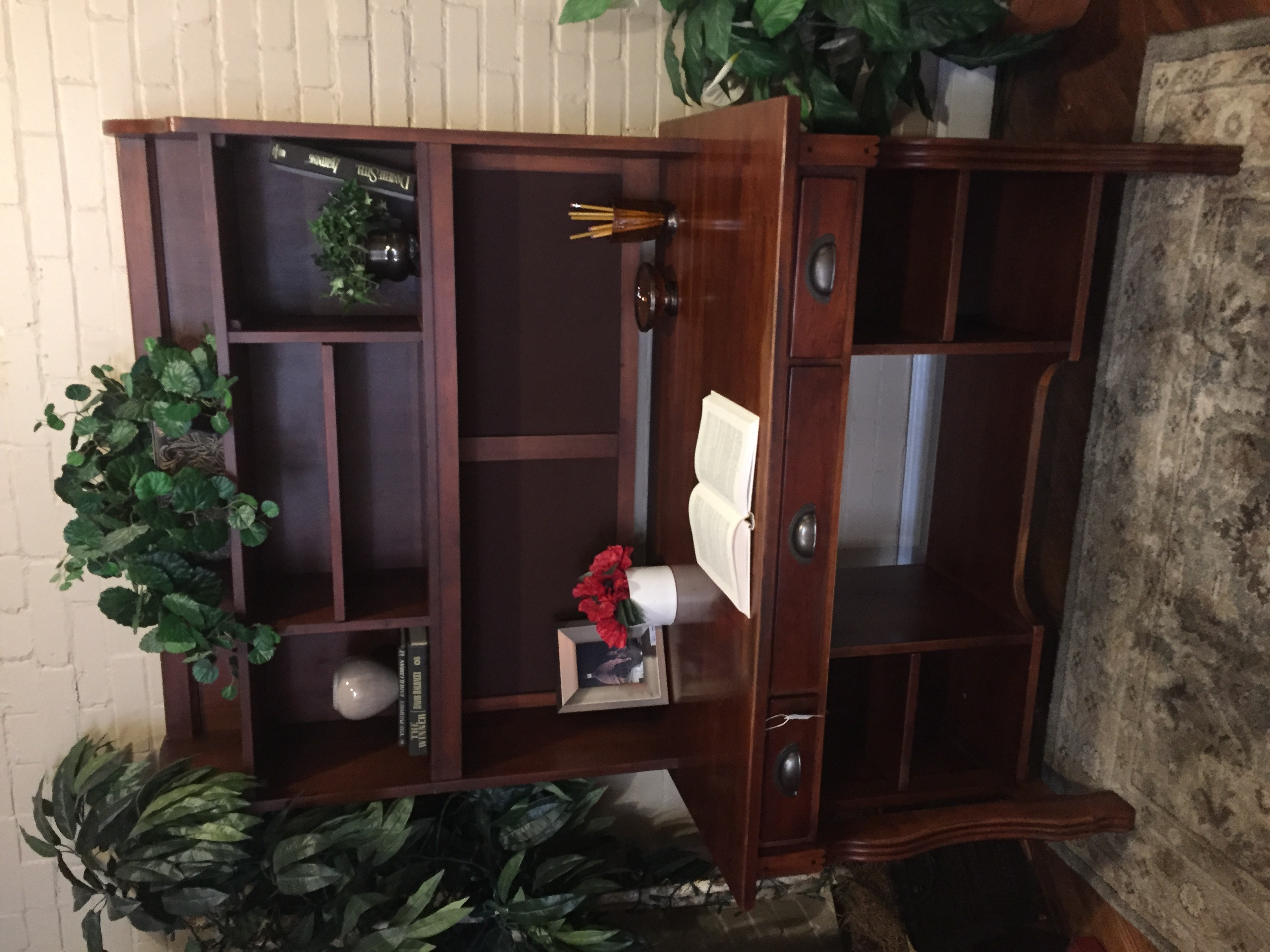 LEXINGTON CHERRY FINISH DESK WITH HUTCH
