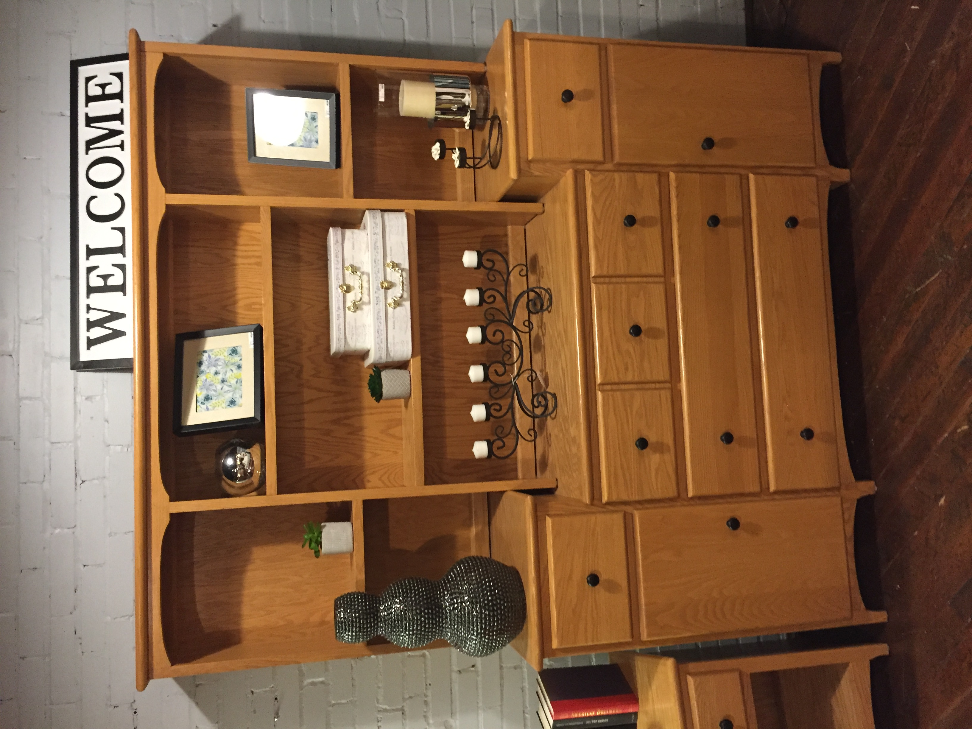 LIGHT OAK DRESSER WITH HUTCH
