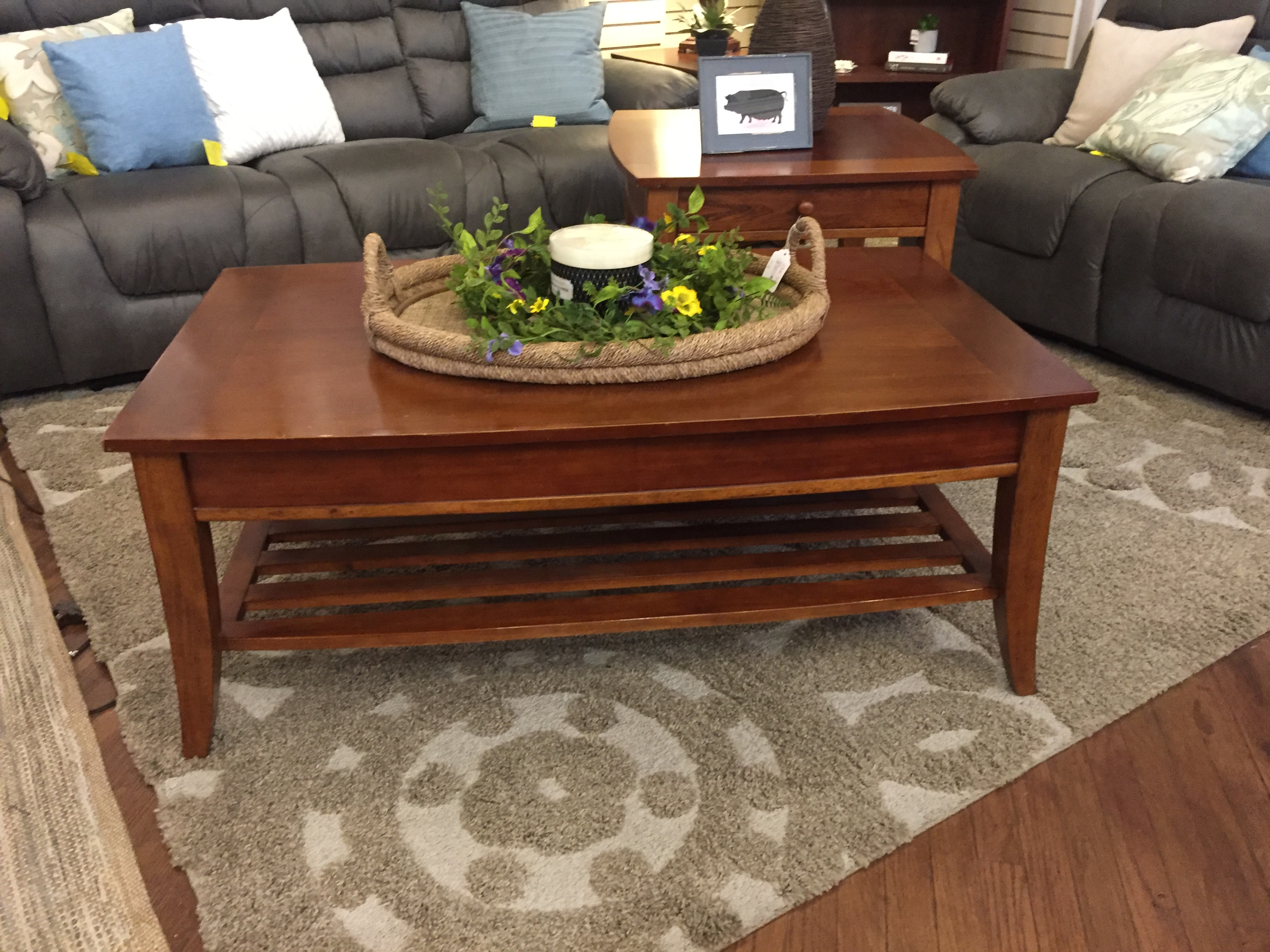 MED CHERRY COFFEE TABLE & END TABLE
