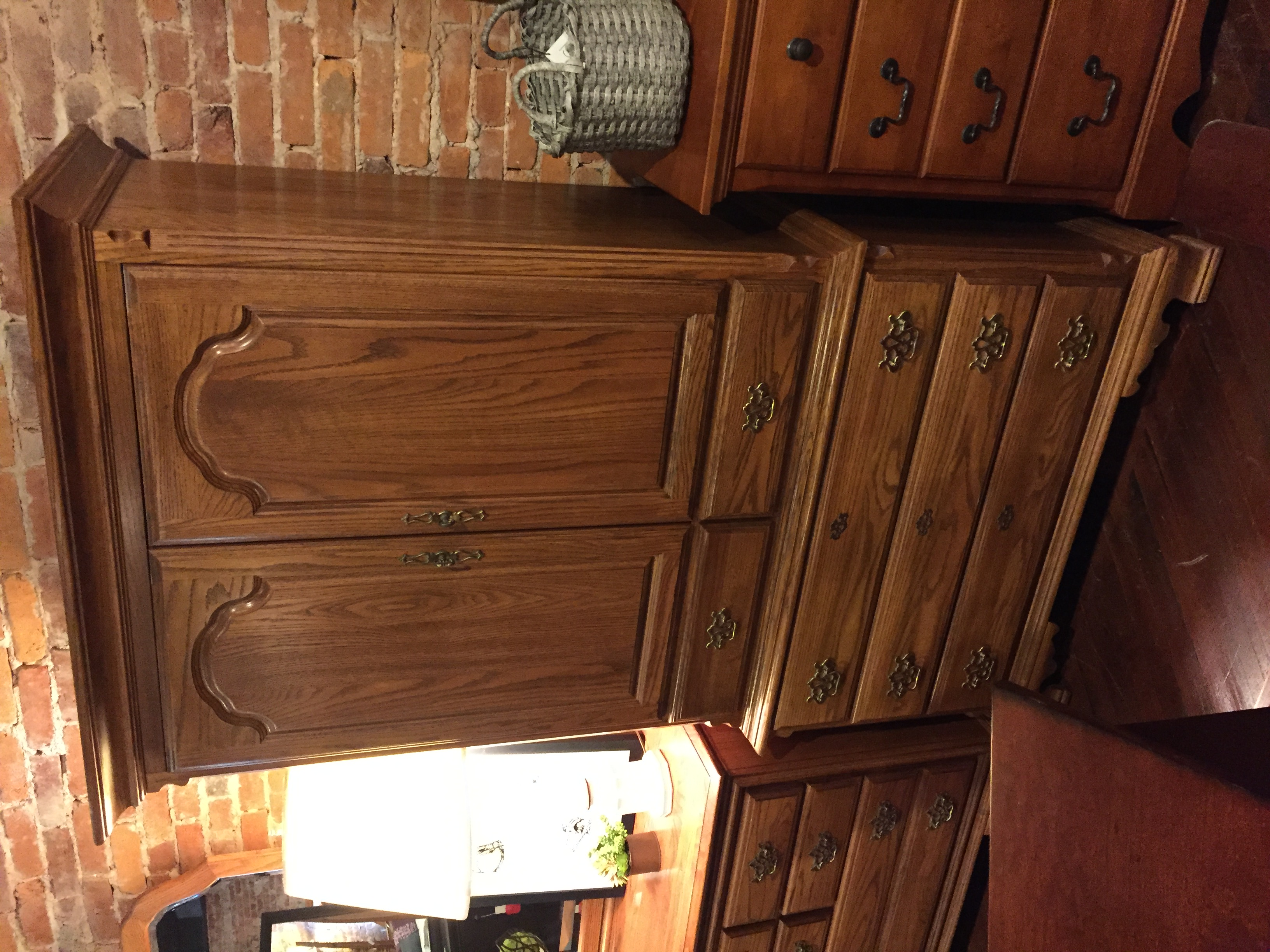 OAK TV ARMOIRE / WARDROBE