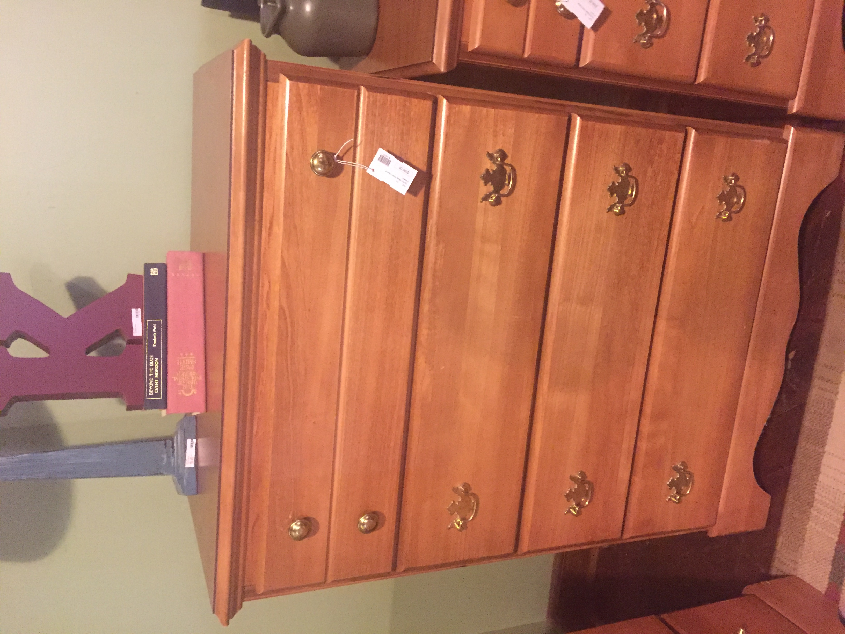 CAROLINA MAPLE CHEST OF DRAWERS
