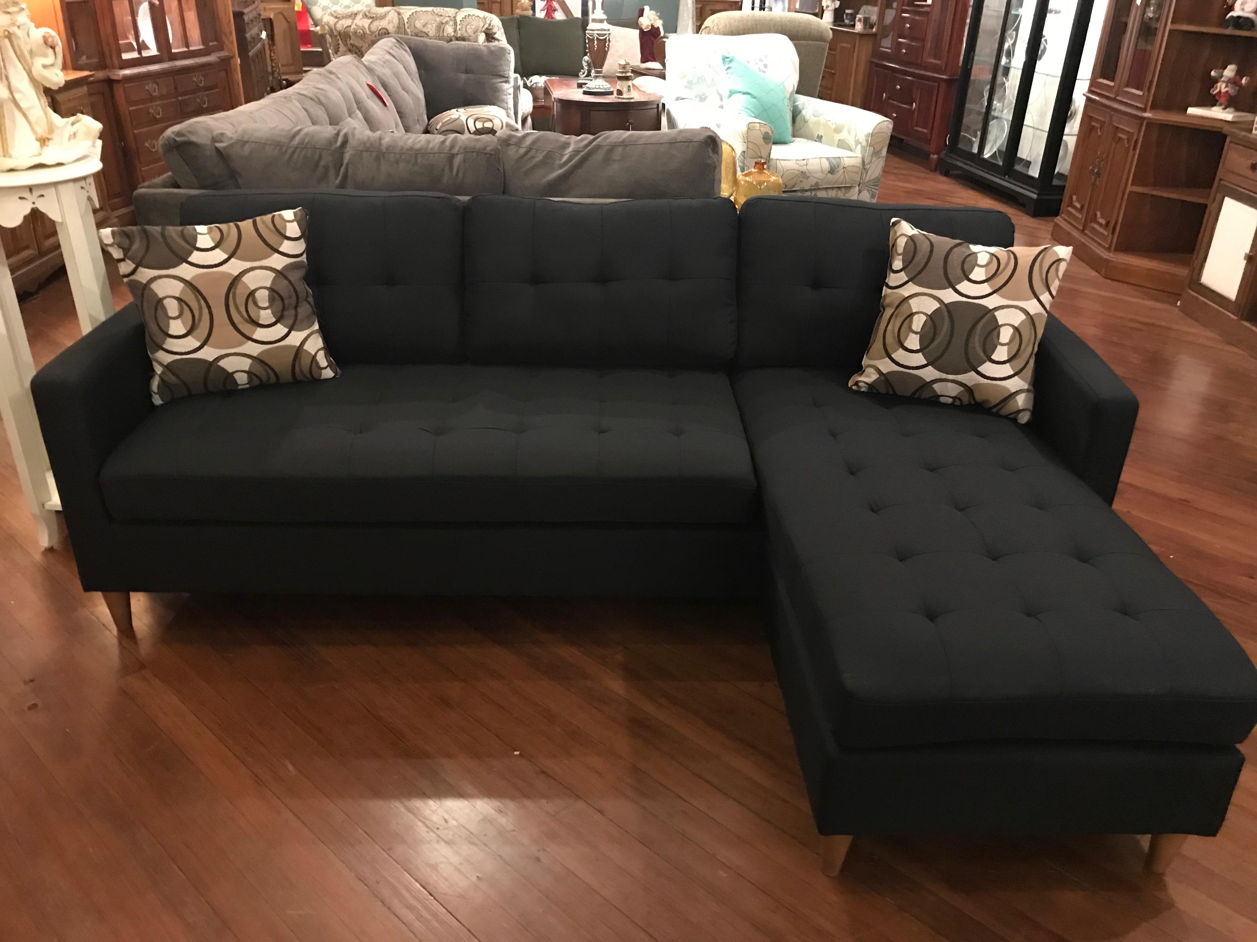 Hometown Refurnishing | New Living Room