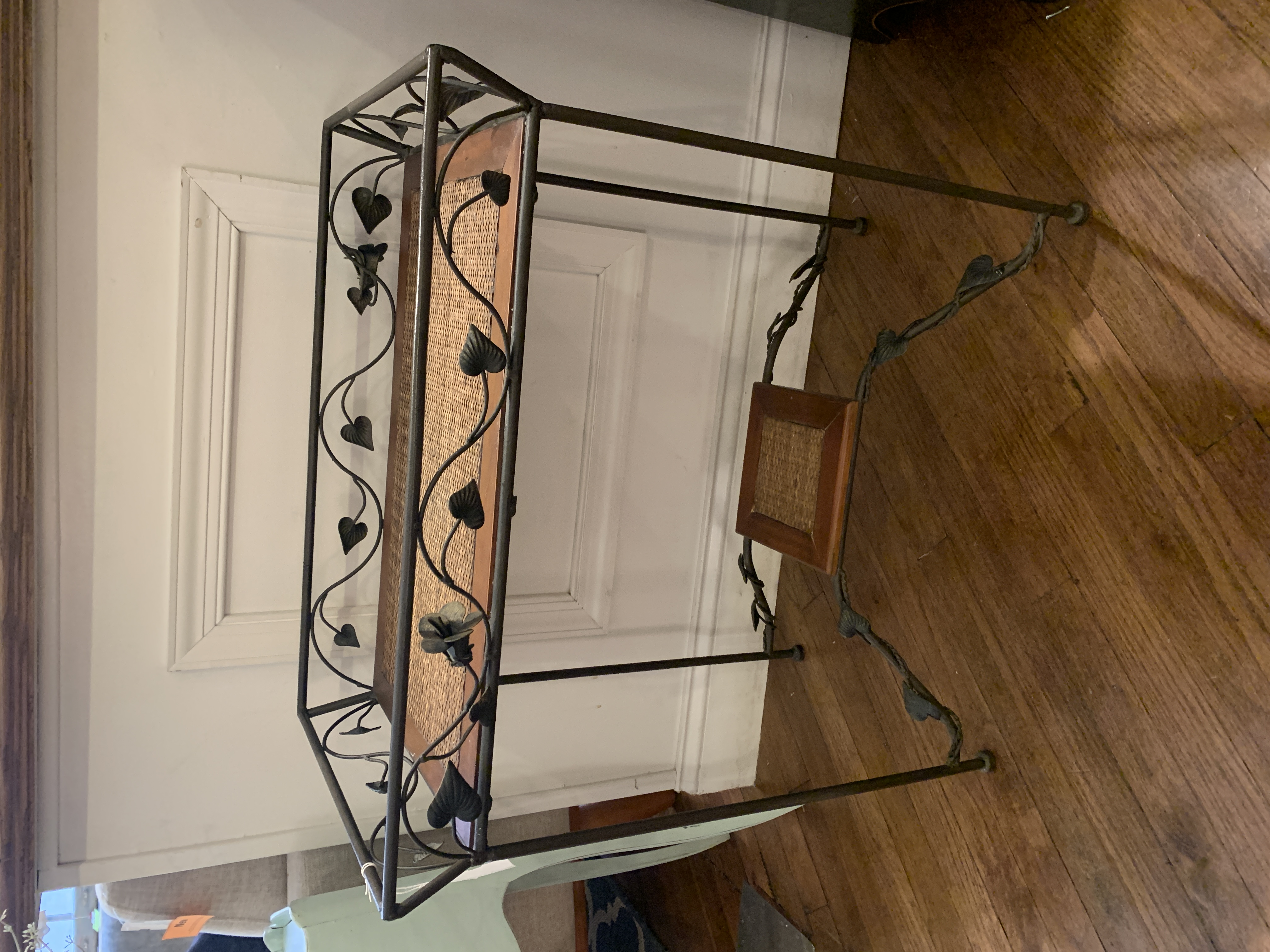 METAL & WICKER ACCENT TABLE