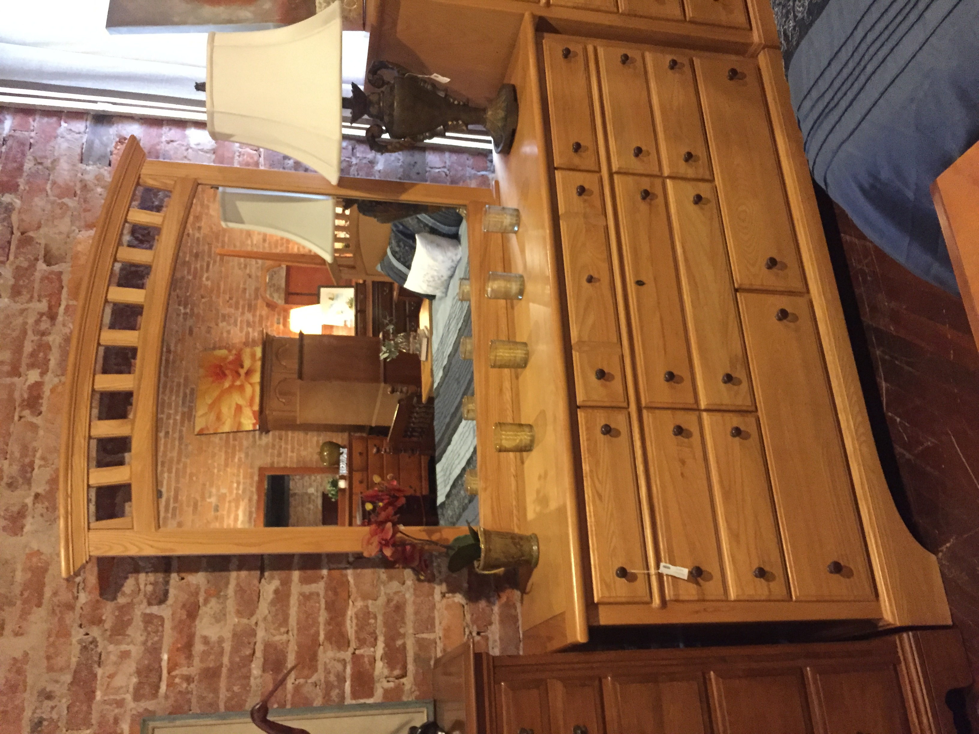 LIGHT OAK DRESSER W/MIRROR