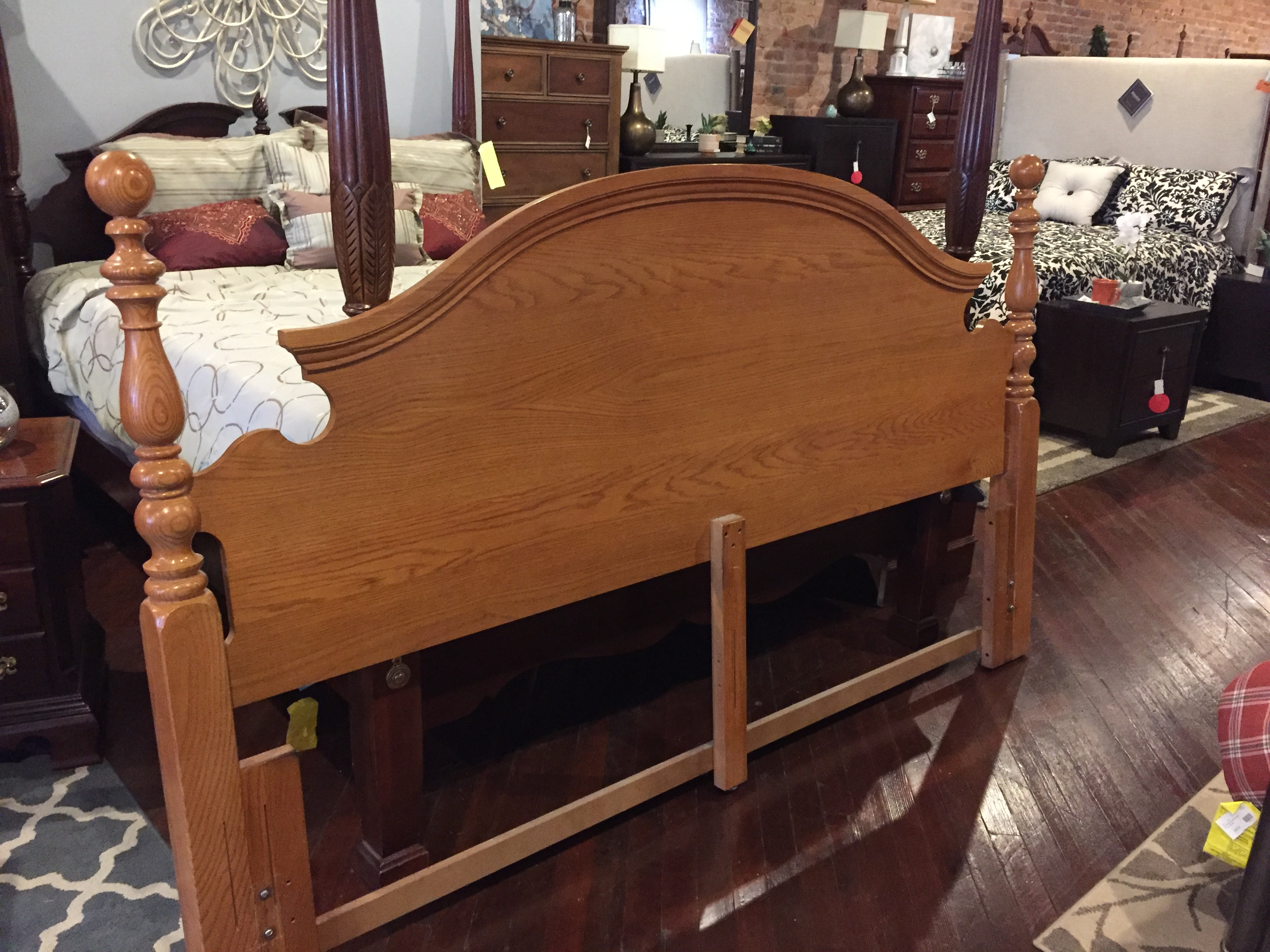 OAK KING HEADBOARD