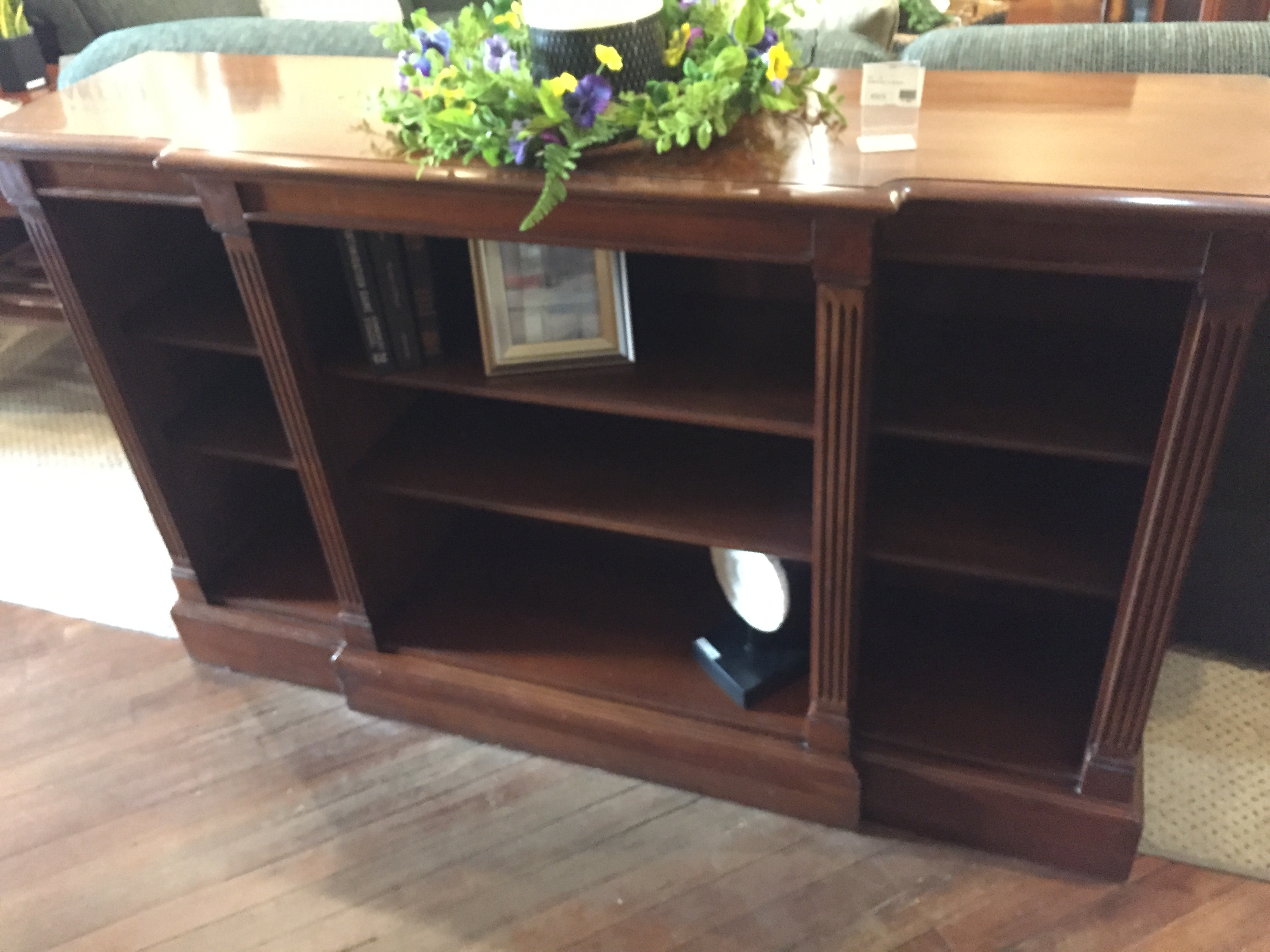 CHERRY LOW BOOKSHELF