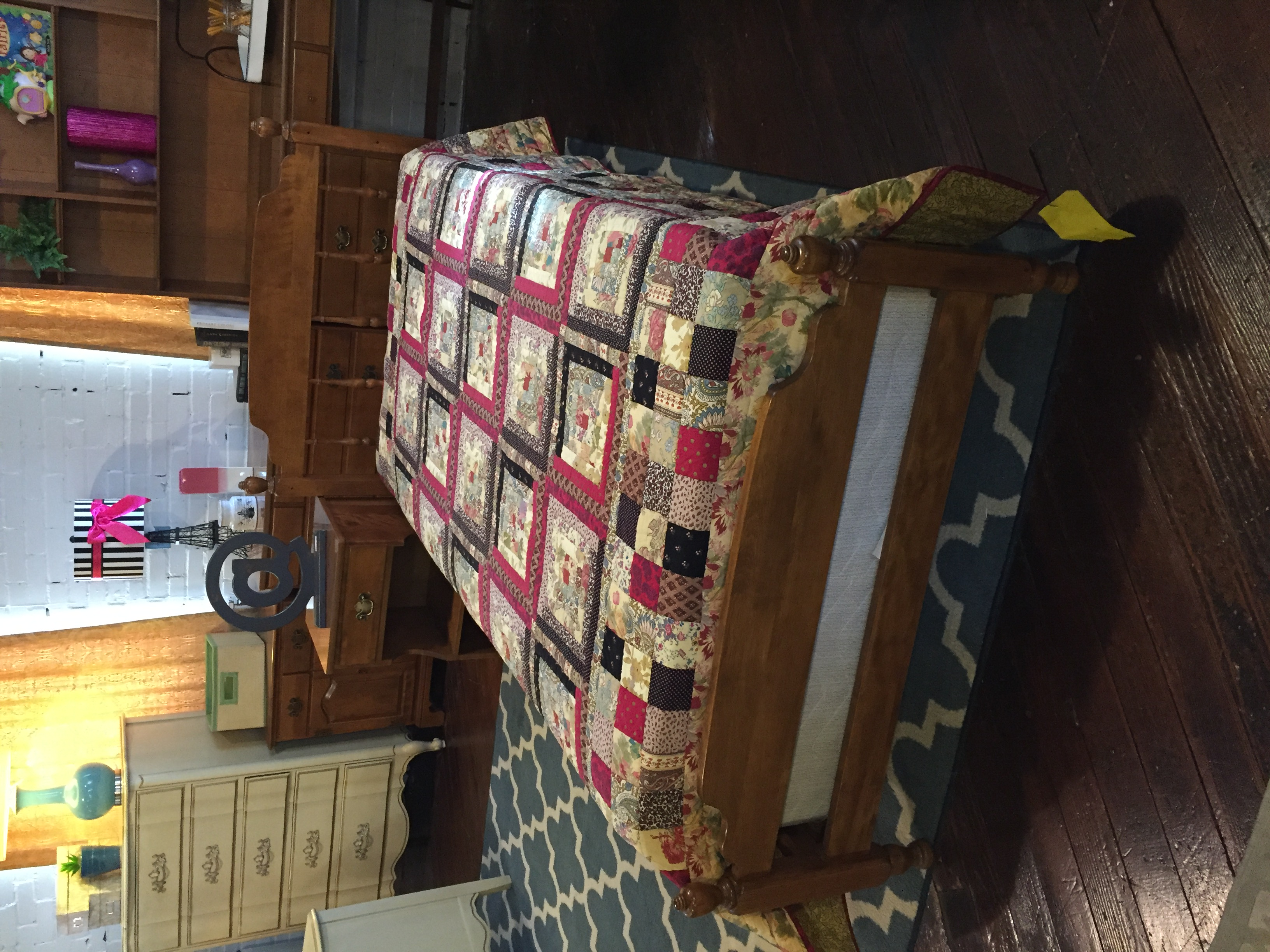 ETHAN ALLEN MAPLE TWIN BED