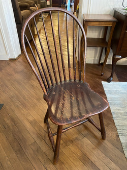 MAROON DISTRESSED DINING CHAIR
