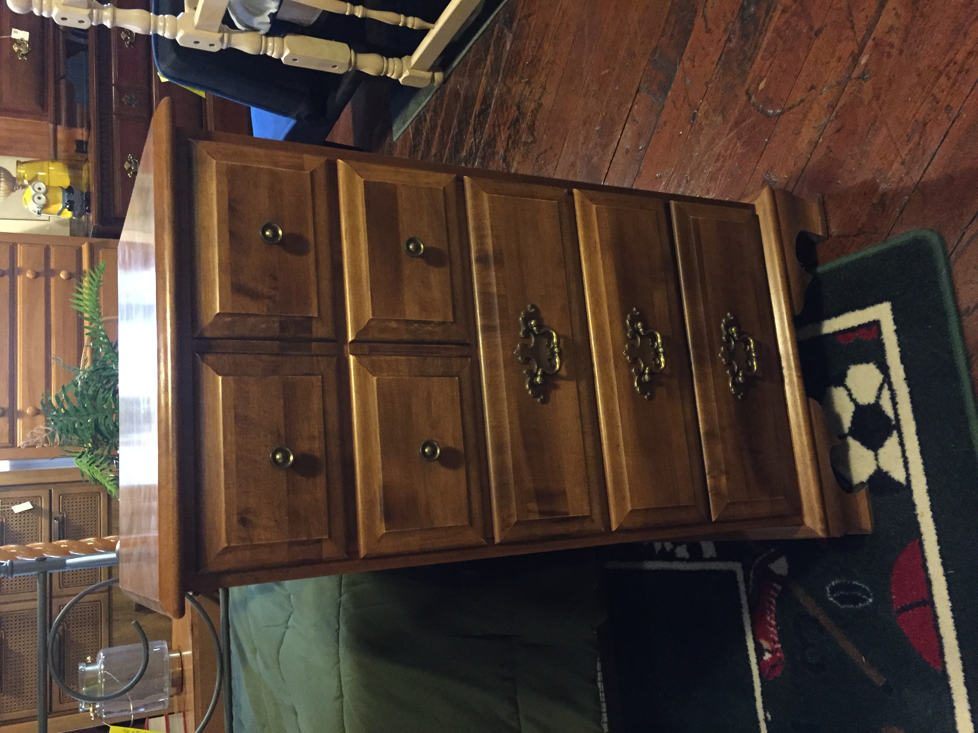 MOOSEHEAD MAPLE STOCKING CHEST