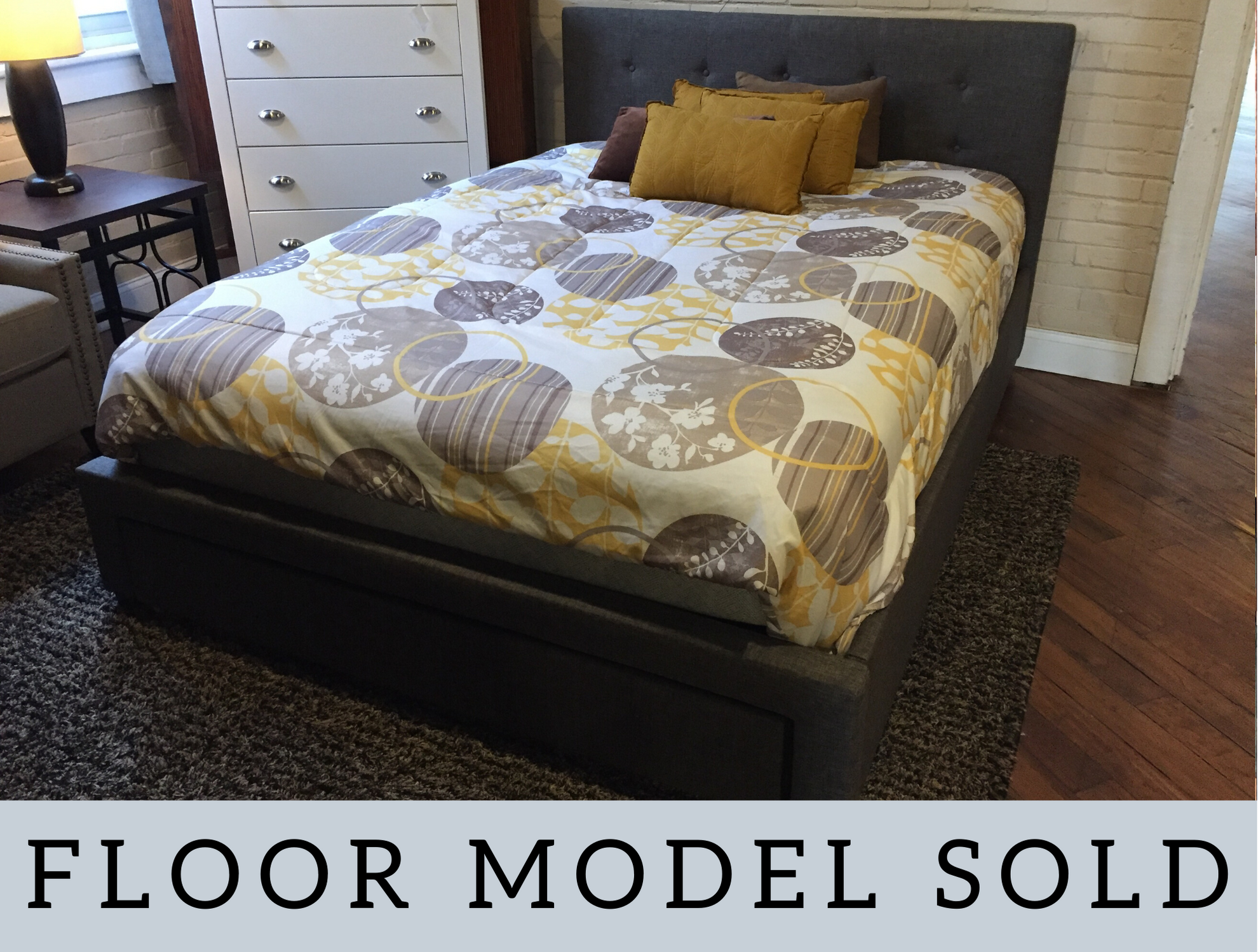 GRAY QUEEN UPHOLSTERED BED