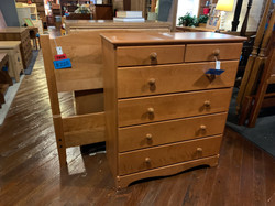 MAPLE FINISH TWIN BED & CHEST OF DRAWERS