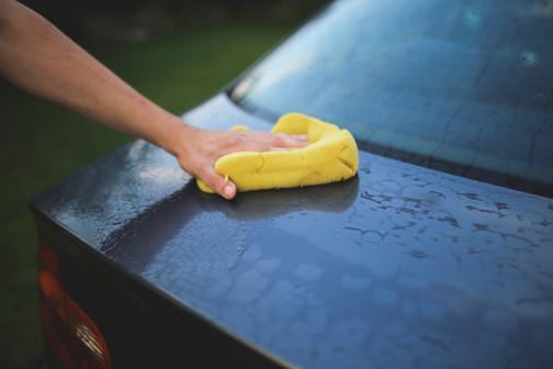 washing-a-car-with-a-sponge-6003.jpg