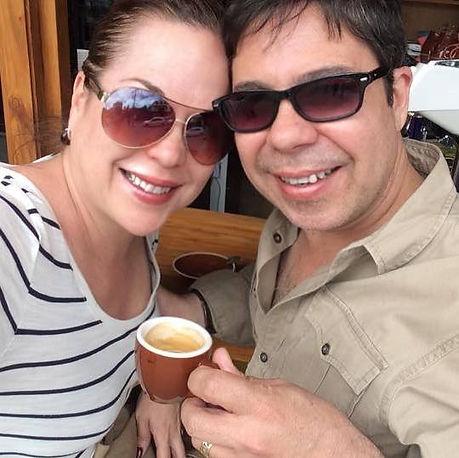 Ada & Rada Traveling Couple