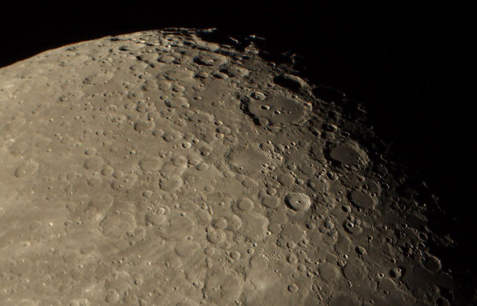 Clavius zoom.jpg