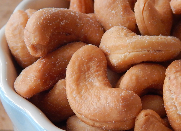 Roasted and salted Whole Cashews