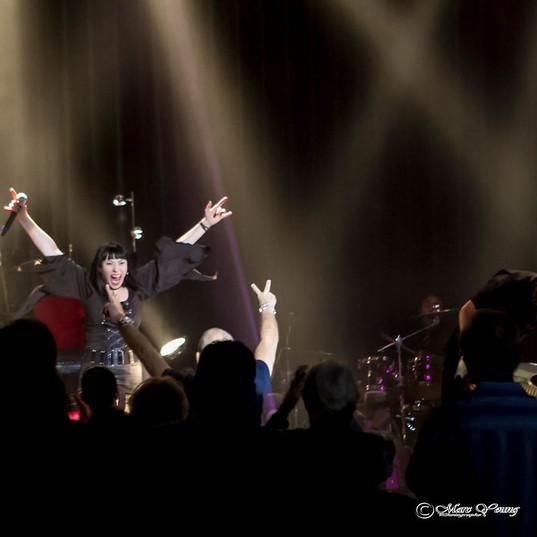 Queens of Rock Official