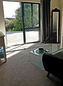 Waiuku accommodation The Roost Bed and Breakfast Hotel Executive Suite two parking view.jp
