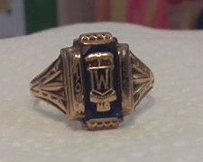 1958 Class Ring Female