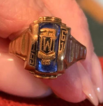 1961 Class Ring Female