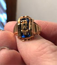 1968 Class Ring Female 2