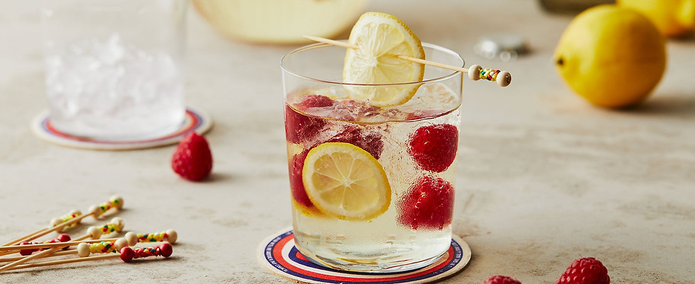 Delicious Berry Flavour Bursts Free from this Pinot Grigio Cocktail