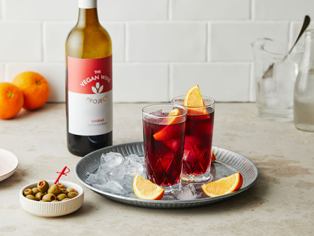 Wine cocktail recipes for the warm weather