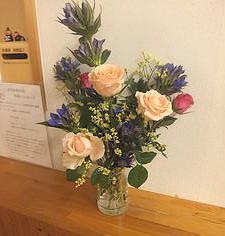 今日の花 バラ、リンドウ、スターチス