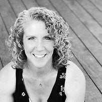 Laurie2021_profile.jpg