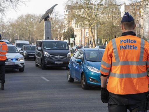 Molenbeek : brutalny napad na policjantów