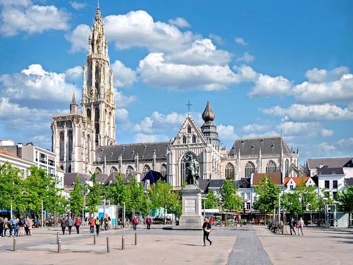 Pierwsze miasto w Belgii przekroczyło 10000 przypadków Covid-19