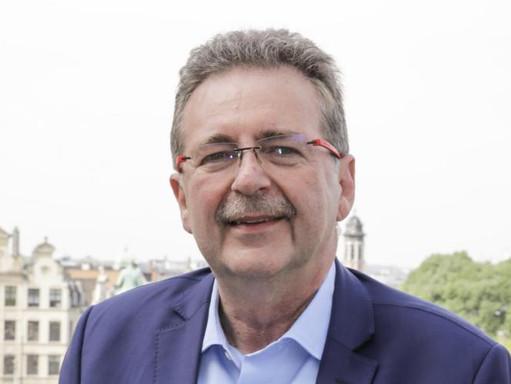 Minister-prezydent Brukseli Rudi Vervoort uzyskał pozytywny wynik na obecność koronawirusa