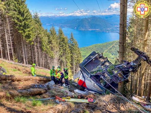 Wypadek kolejki linowej we Włoszech : 14 ofiar