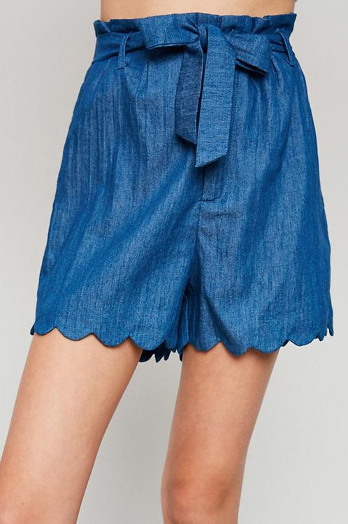 Belted Paperbag Scallop Hem Shorts