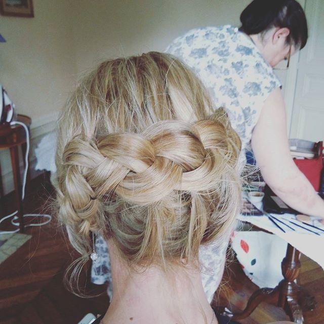 Chignon tresse wedding #wedding #mariage #chignonmariage #chignon #annacruz #haircutmakeup #maquilla