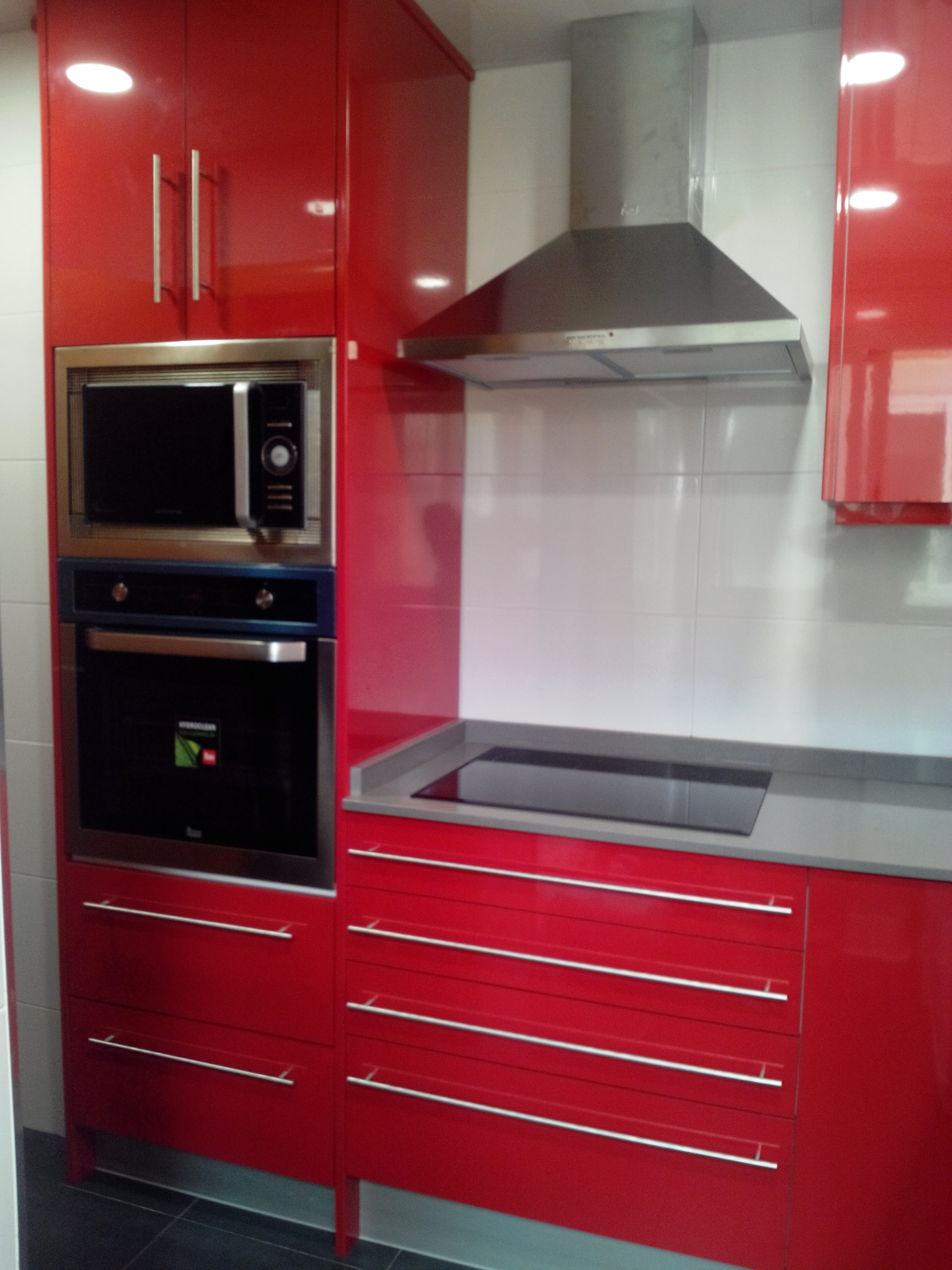Cocina rojo brillo