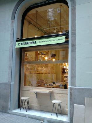 La Terrenal Stores
