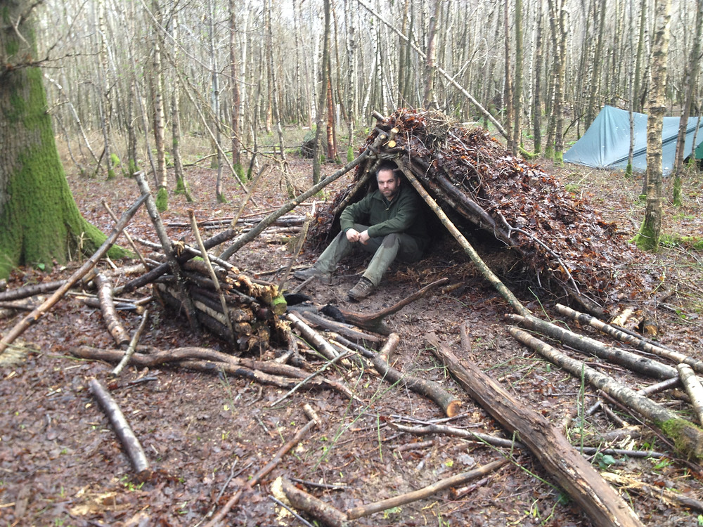 Shelter building on a Survival Weekend with Wildwood Bushcraft
