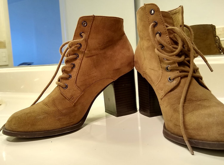 Suede Boots! Size 8