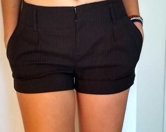 Stripped Shorts Medium