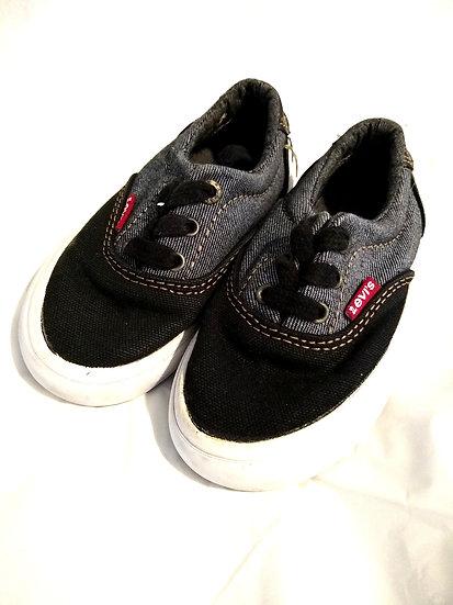 Levi's Kids Sneakers Size 8