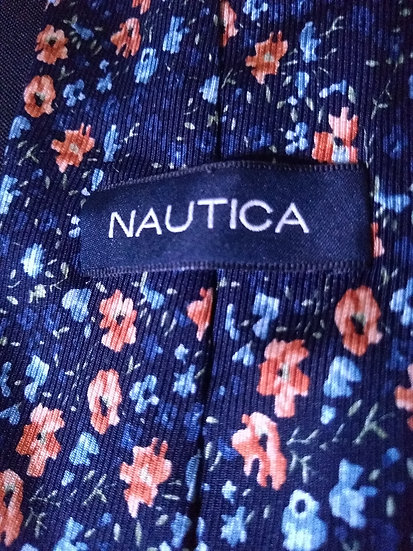 Nautica Tie Label View