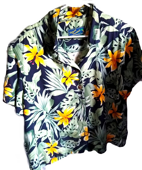 Floral Button-Up Large