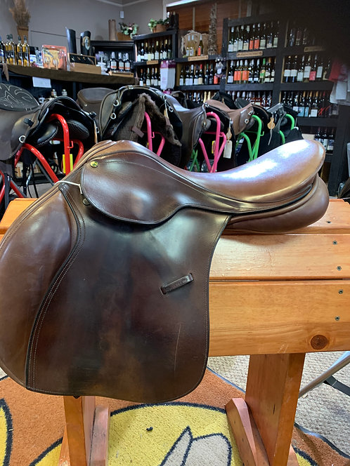 County Conquest Saddle
