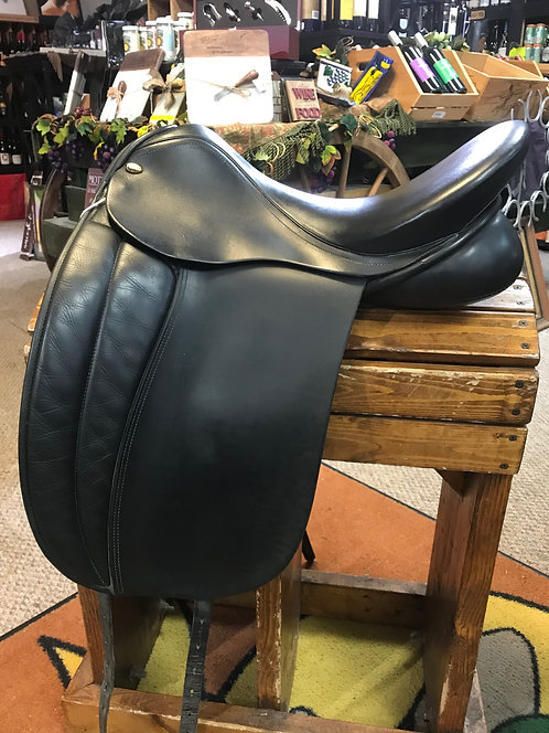 Fryso Dressage Saddle